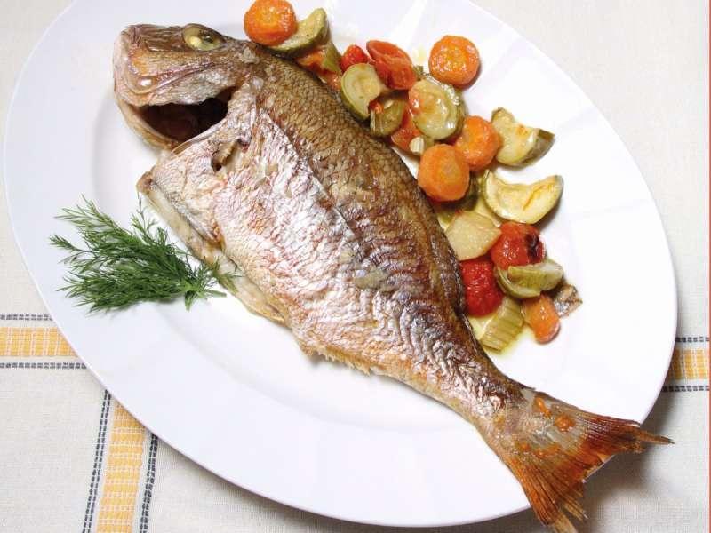 Tave me perime. Tave peshku me perime.