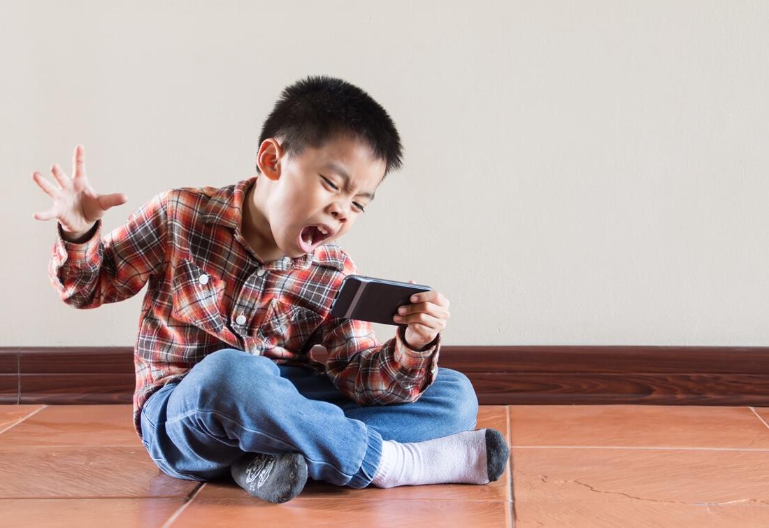 femije hiperaktiv hiperaktivitet