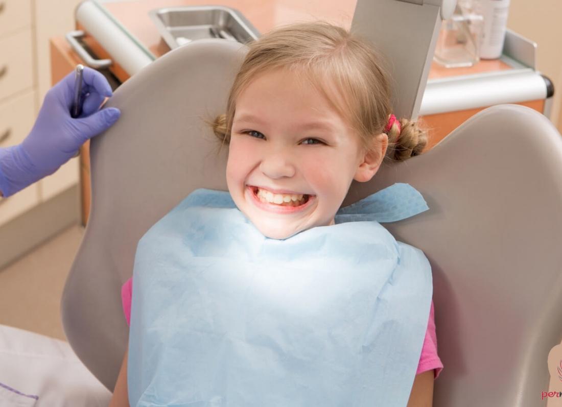 mbushja e dhembeve dentist stomatolog