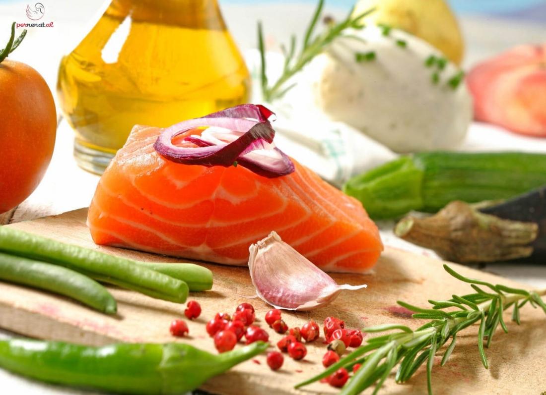 Dieta mesdhetare ne shtatzani