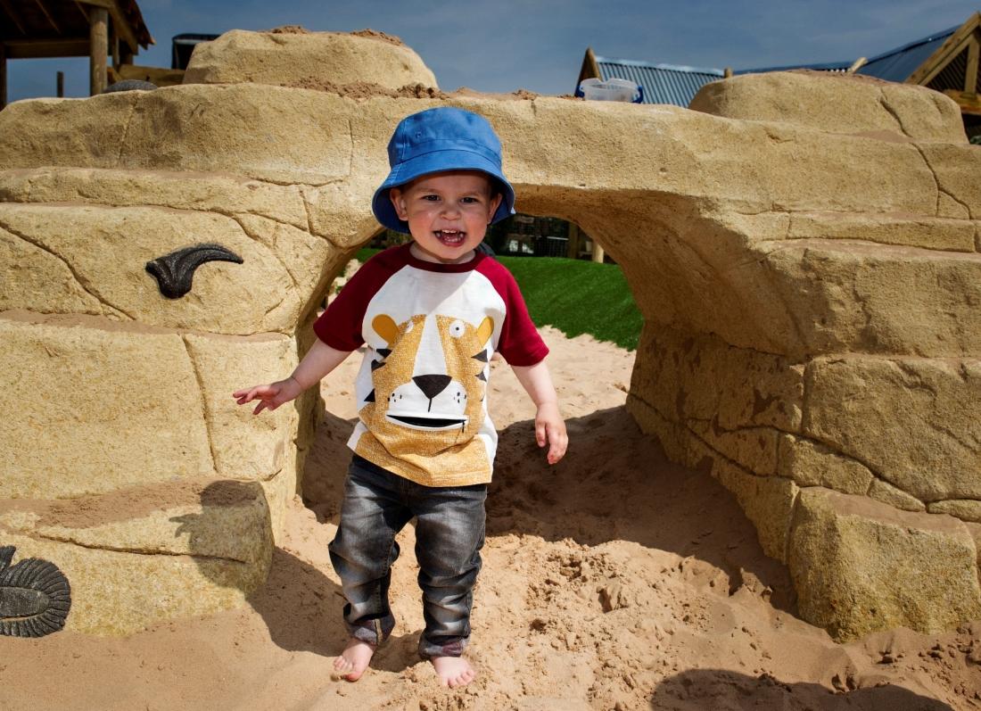 inkurajoni femijet te ndermarrin rreziqe ankthi te femijet lojra te rrezikshme