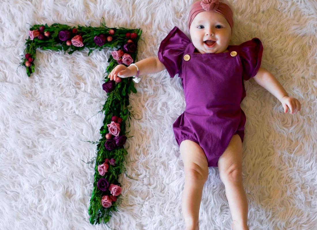 femija 7 muajsh, bebi 7 muajsh, foshnja 7 muajsh
