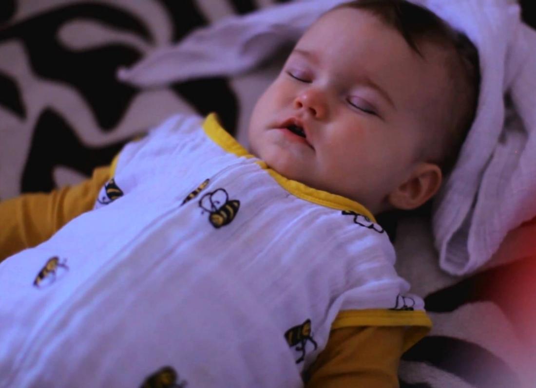 venia e femijes ne gjume, gabimet kur ve femijen ne gjume