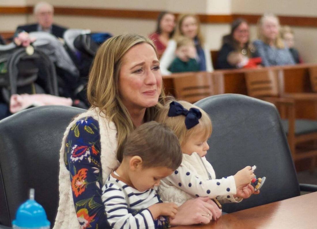 adoptimi i femijeve, moter e vella