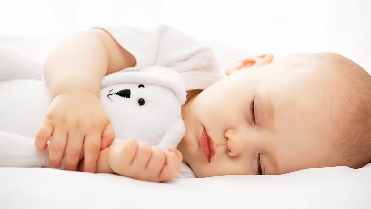 gjumi, ve femijen ne gjume