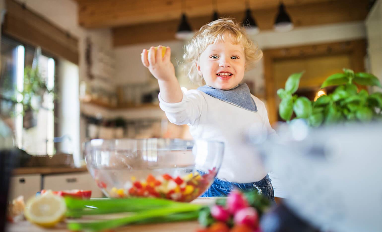 femijet dhe proteinat, sa proteina duhet te konsumoje nje femije