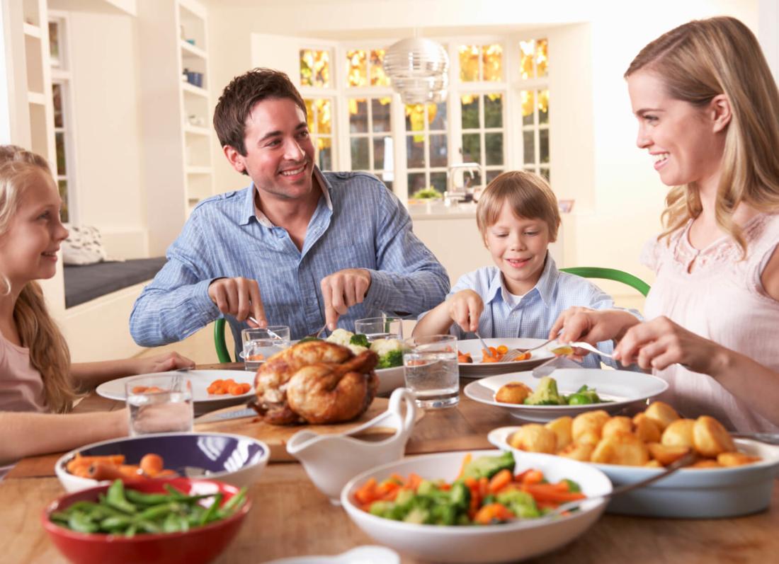 ngrenia me familjen te ben me te shendetshem, ushqyerja si familje